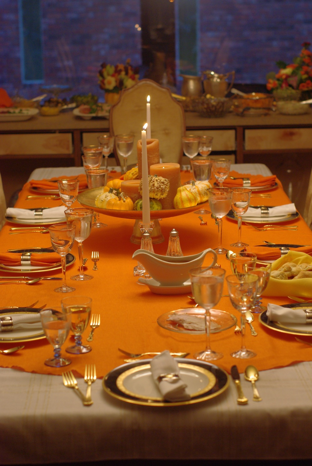 5 Harvest Themed Thanksgiving Tables
