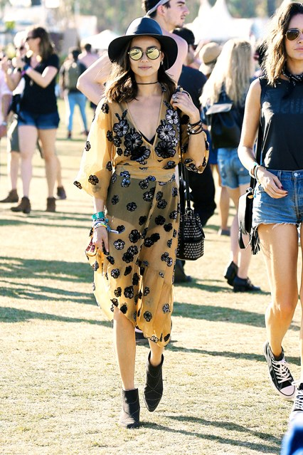 Jamie-Chung-Coachella-Vogue-18April16-Splash_b_426x639