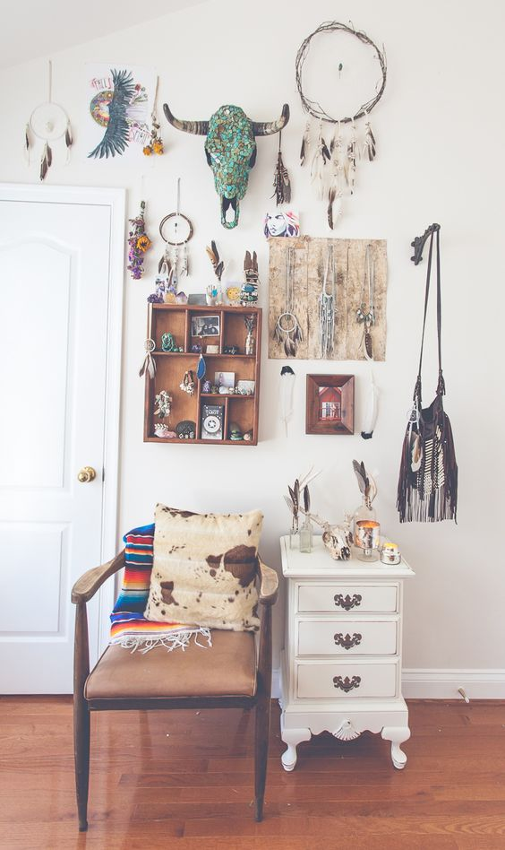 5 Beautiful Boho Dressing Rooms