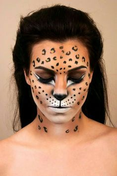 diy-leopard-costume-with-leopard-makeup