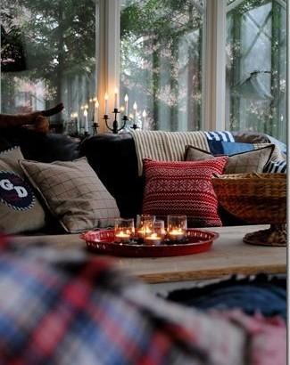 fall-cozy-living-room-cushions