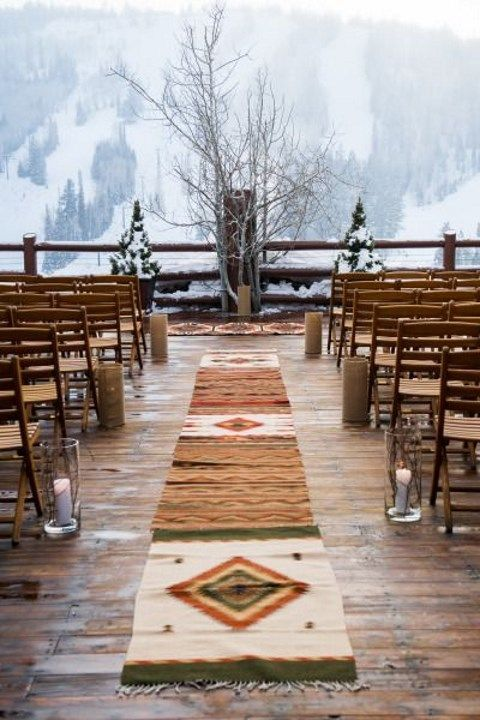 outdoor-winter-wedding