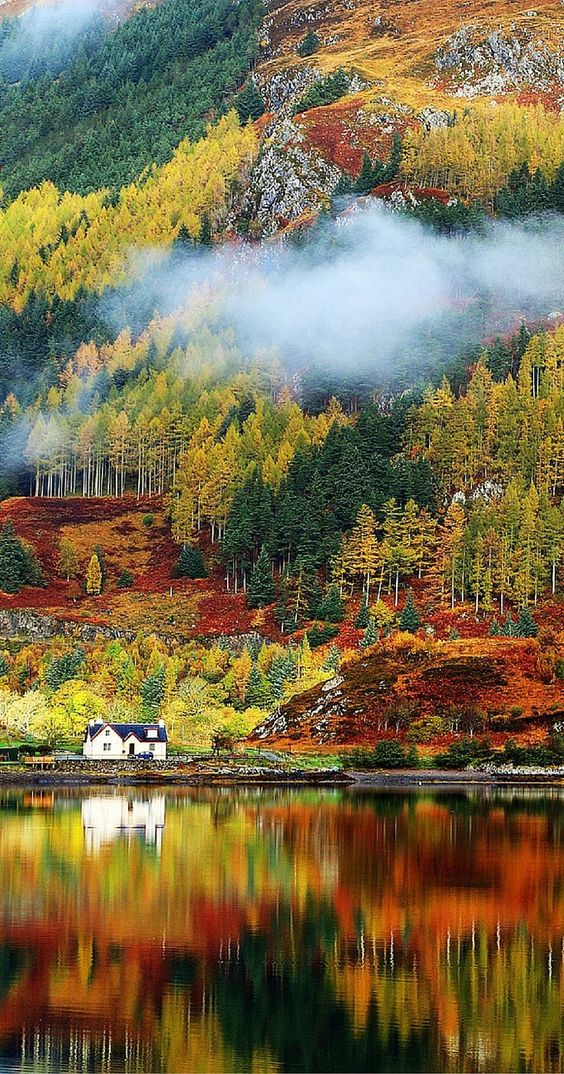 20 Fall Landscapes You Won't Believe Are Real