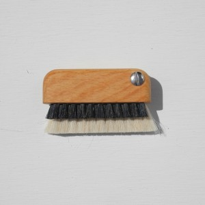 laptop-brush