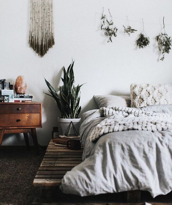 Minimalist Boho Bedroom Neutral