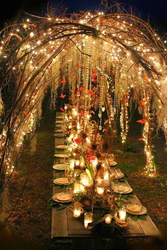 outdoor-fall-wedding-table-layout