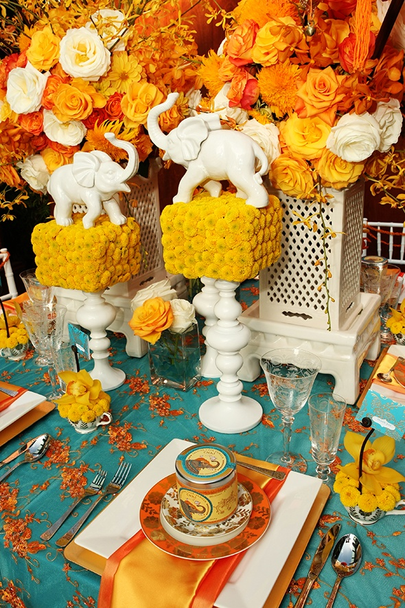 turqoise-and-orange-indian-inspired-table-setting