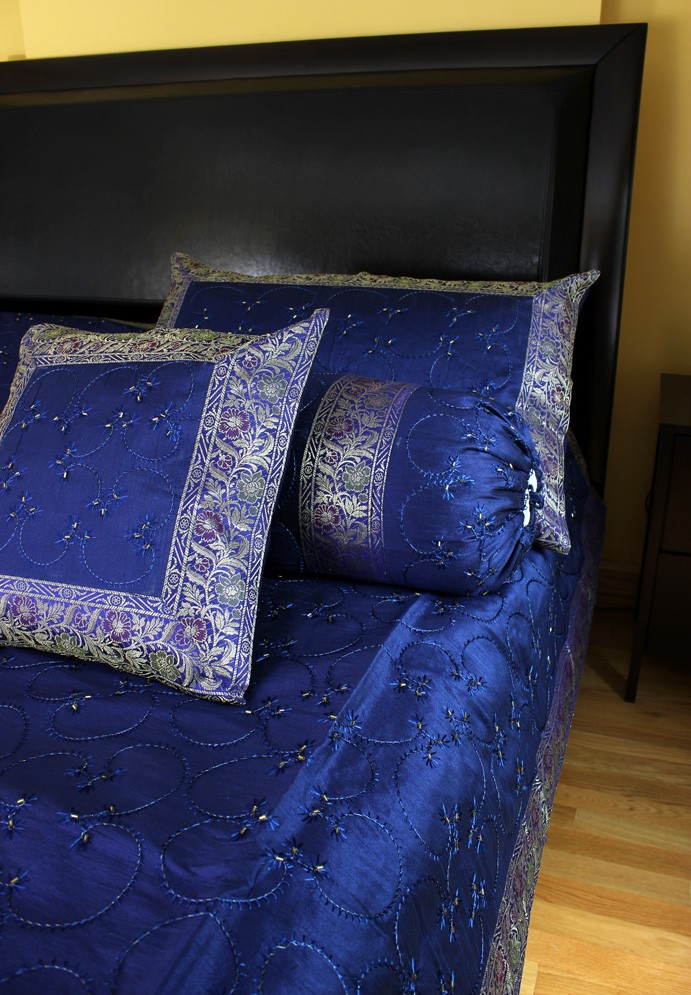 Hand Embroidered 7 Piece Duvet Cover Set Banarsi Designs