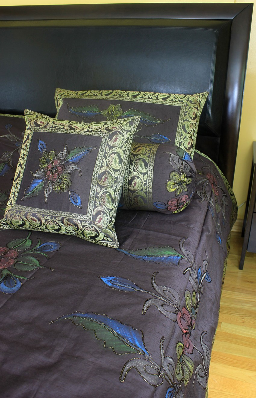 Hand Painted 7 Piece Duvet Cover Set Banarsi Designs