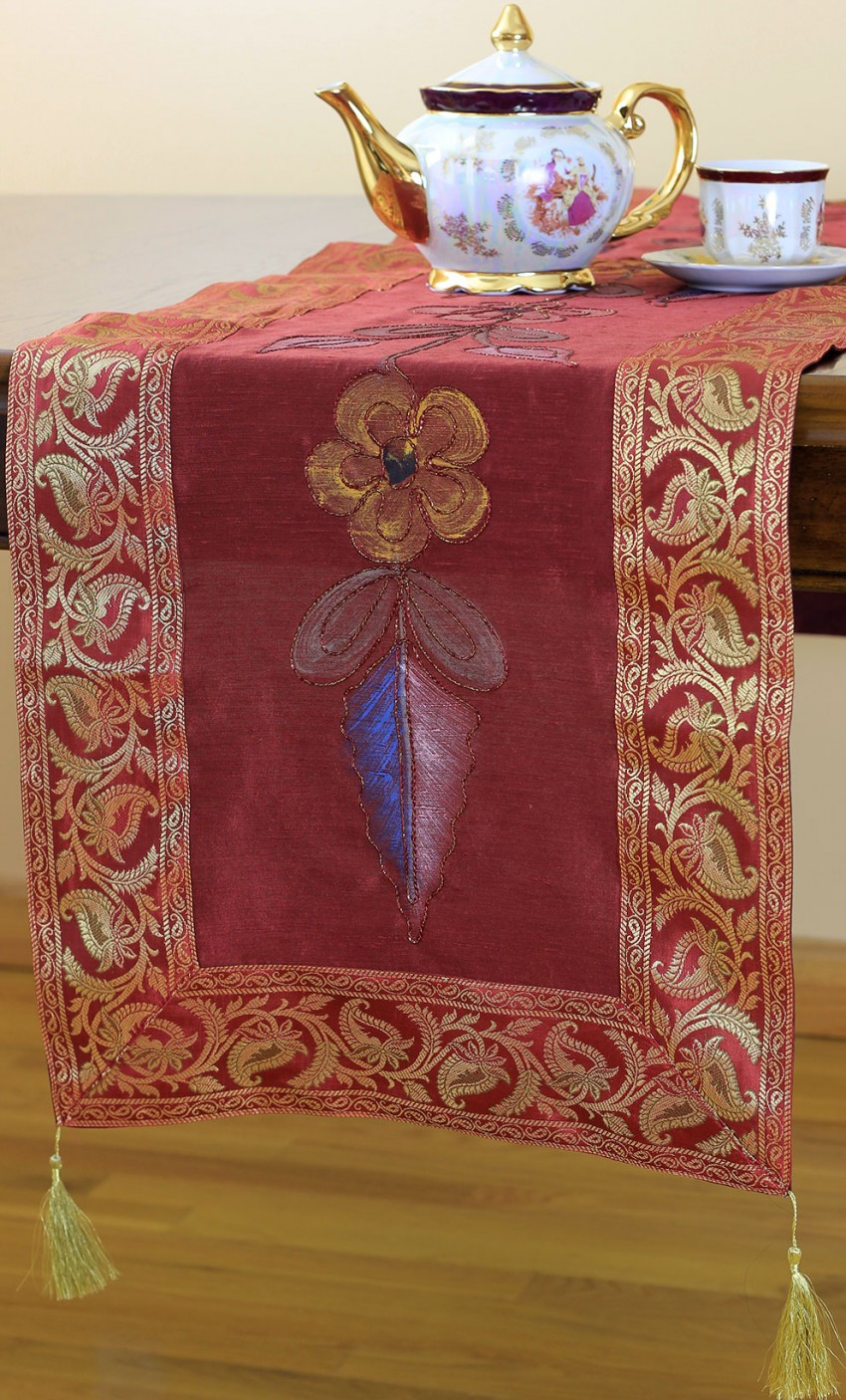 Hand Painted Deluxe Floral Table Runner Banarsi Designs