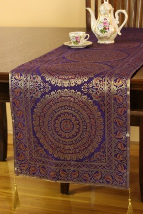 Elegant I Clashed This Mandala Print Table Runner With My Mandala Print Bedding For  A Look Thatu0027s Oh So Boho. The Hand Embroidered Pillow Covers In Black And  Gold ...