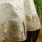 he-round-tablecloth-silver-3