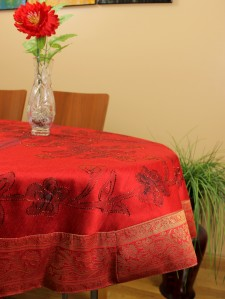 hp-round-tablecloth-scarletred-1