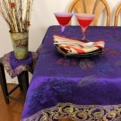 hp-square-tablecloth-plumpurple-1