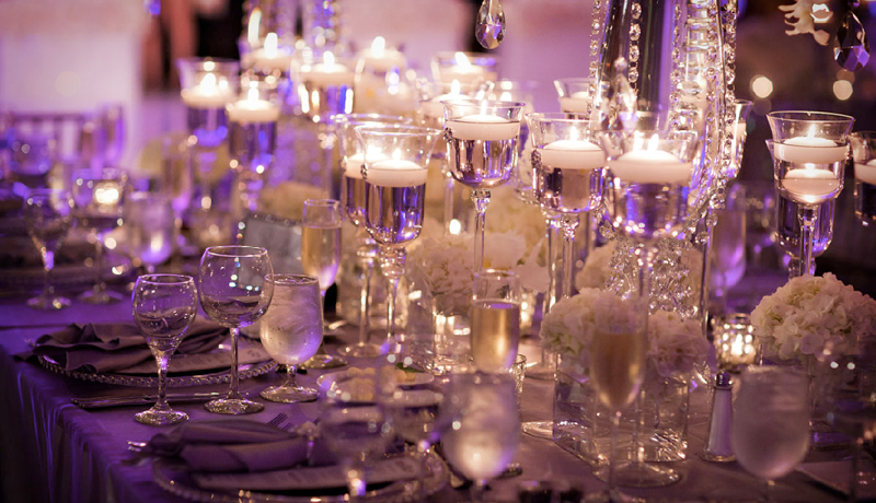 4 Wedding Table Centerpieces That Will Make Your Reception Stand Out
