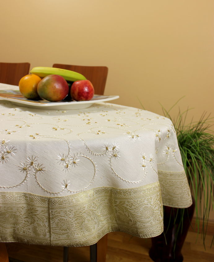 He round tablecloth beige 1 for 85 inch tablecloths