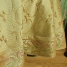he-round-tablecloth-darkgold-3