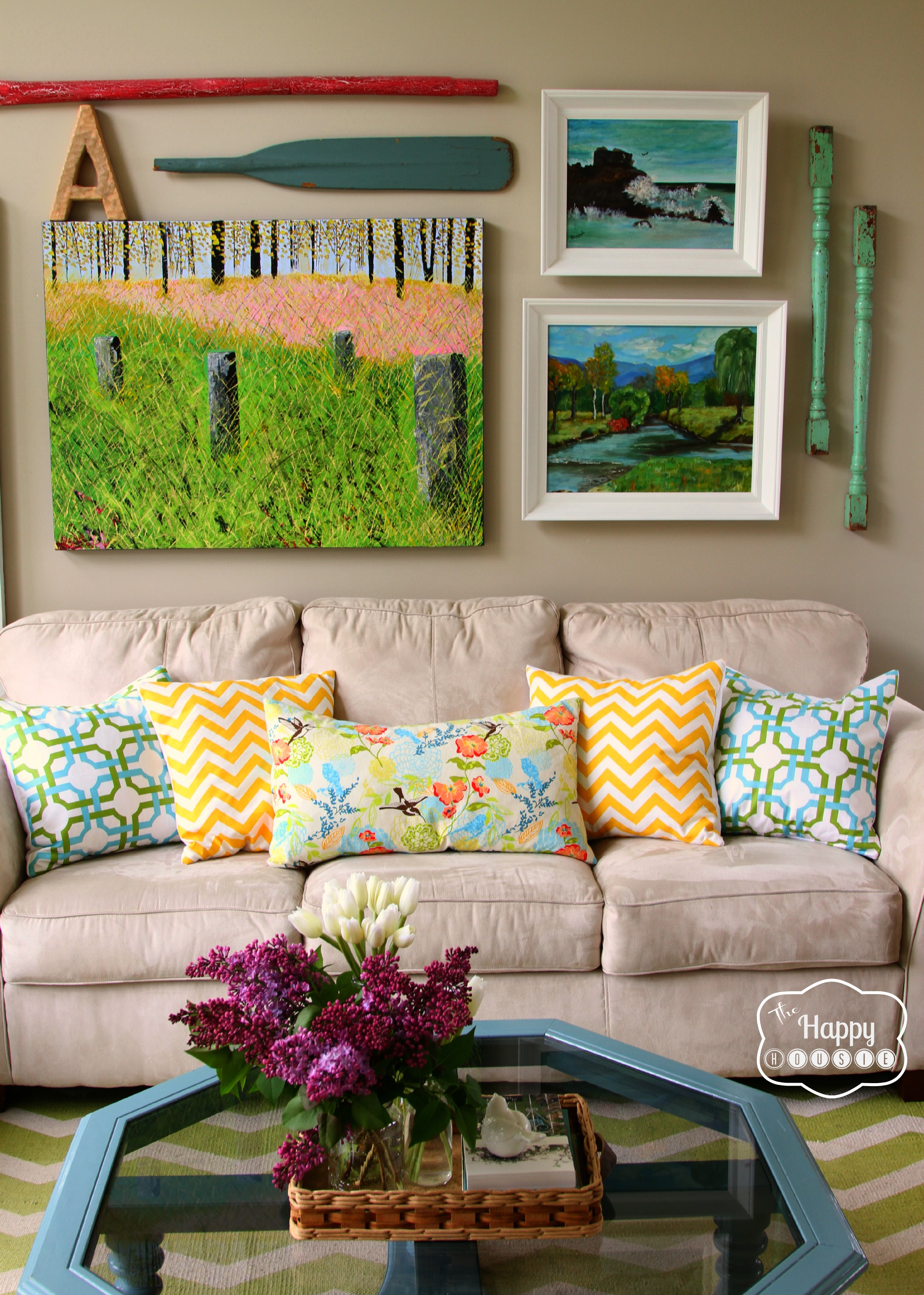 8-Spring-Changes-in-the-Living-Room-at-thehappyhousie