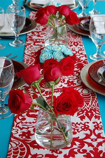 red-blue-table