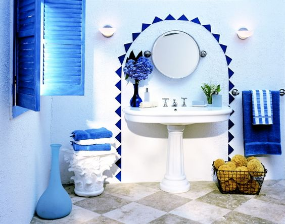 greek-bathroom