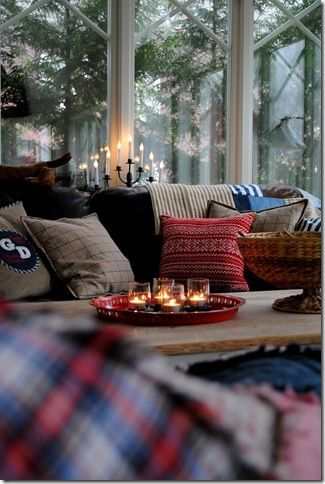 room to live the fall these cozy homes are so fall 21112