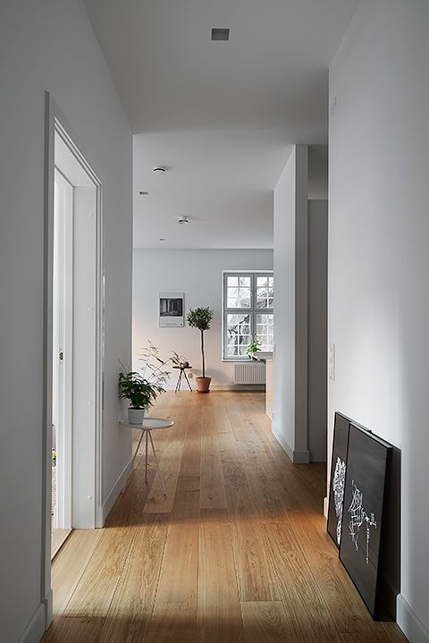 house with laminate wooden flooring