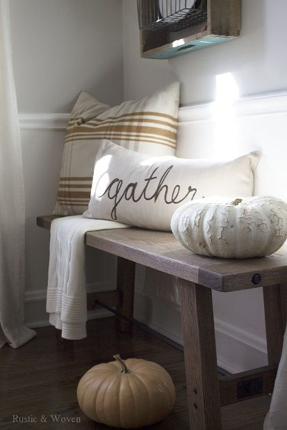 Thanksgiving decor cosy corner with cushions
