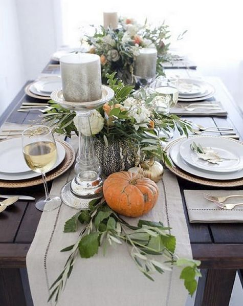 neutral and classic Thanksgiving table layout