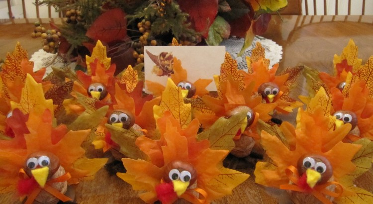 Thanksgiving table ideas that are fun for the whole family for How to decorate a thanksgiving table on a budget