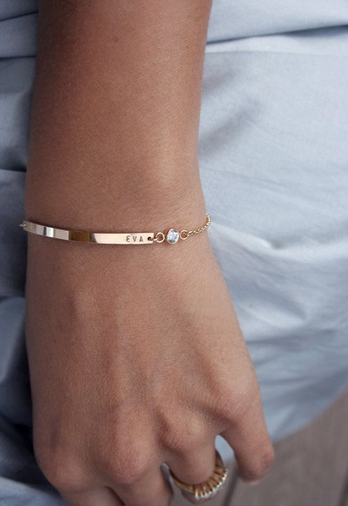 personalised-bangle-christmas-gift-ideas-for-wife