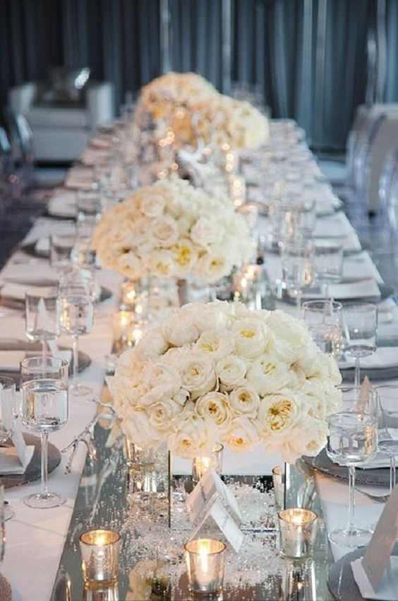 white-winter-wedding-table-layout