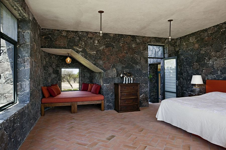 stone-and-terracotta-bedroom