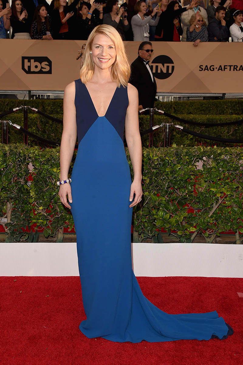 claire-danes-two-tone-blue-v-neck-celebrity-evening-dress-sag-awards-2016