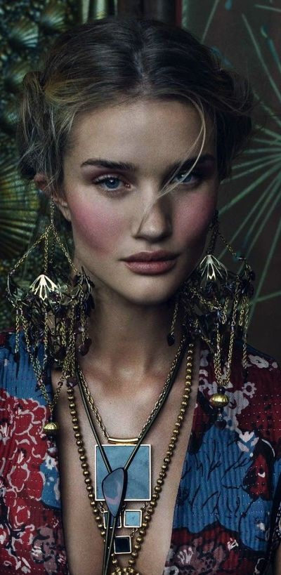 rosie-huntington-boho