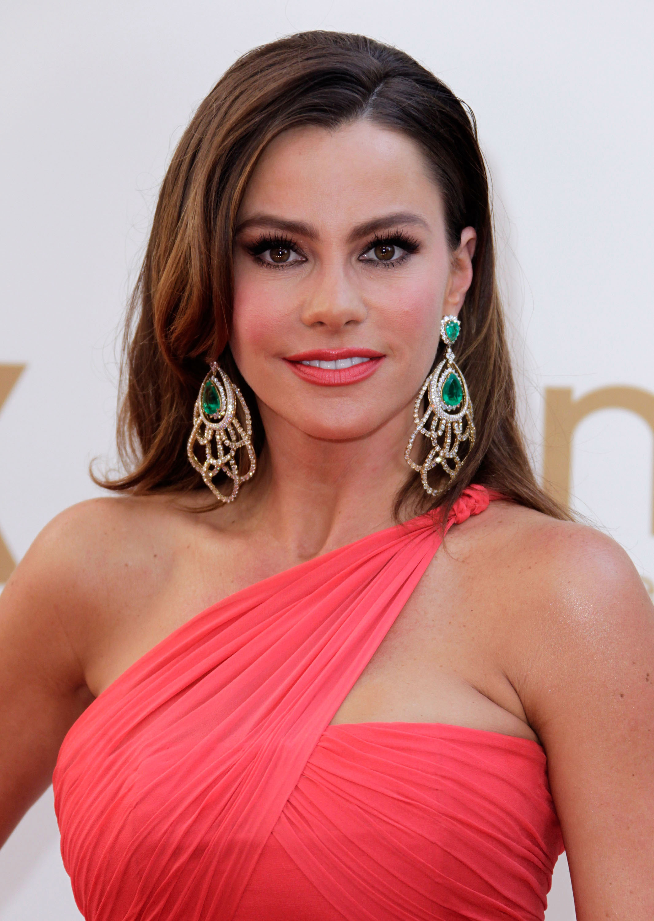 Actress Sofia Vergara arrives to the 63rd Primetime Emmy Awards at the Nokia Theatre L.A. Live on September 18, 2011 in Los Angeles, United States. 63rd Primetime Emmy Awards - Arrivals Nokia Theatre L.A. Live Los Angeles, CA United States September 18, 2011 Photo by Jeff Vespa/WireImage.com To license this image (125597075), contact WireImage.com