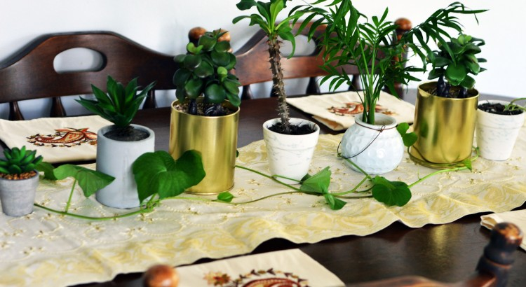 trendy dining table decor ideas for small tables