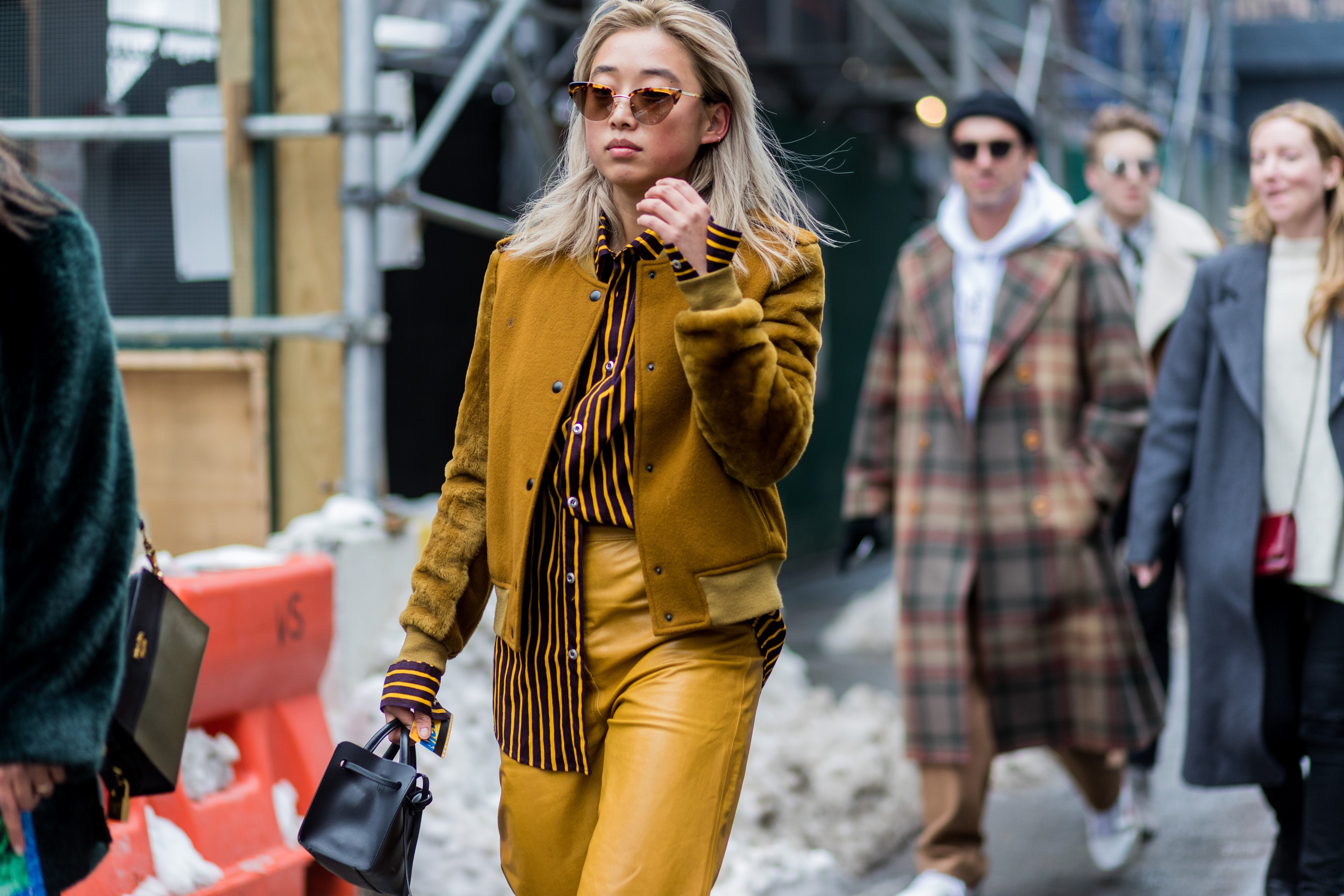new-york-fashion-week-street-style-yellow