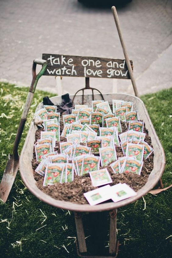 spring-themed-wedding-favor