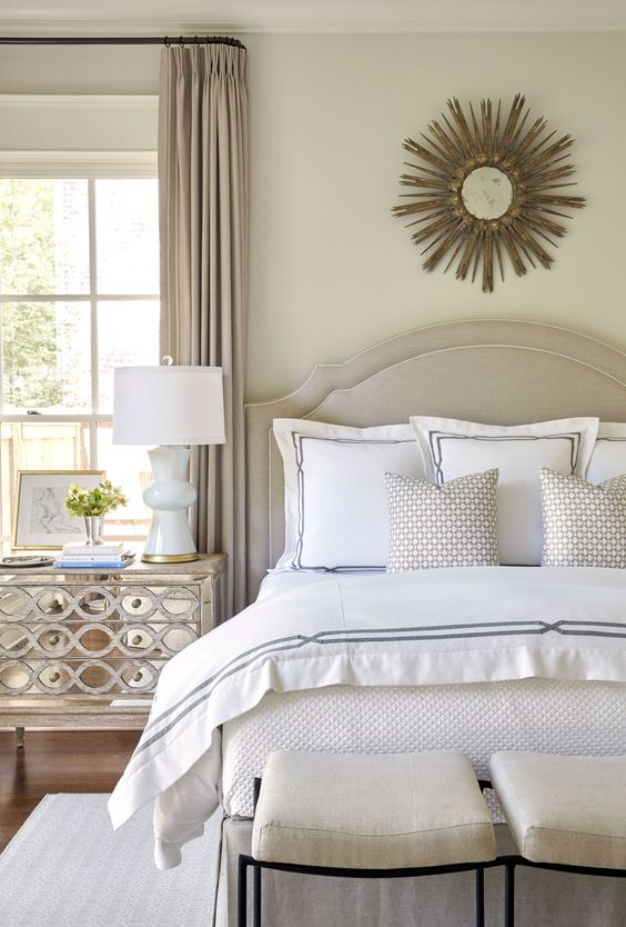 pillows-on-neutral-bed