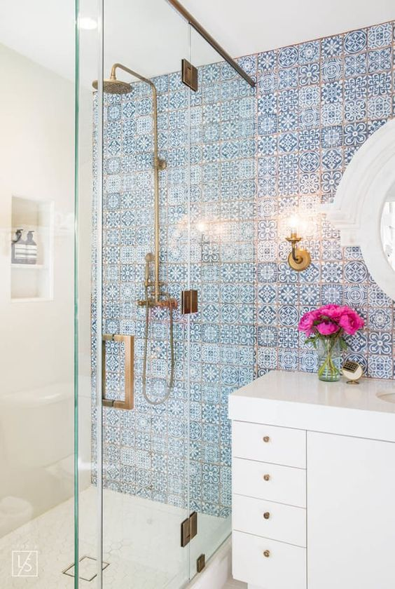 tiled-bohemian-bathroom