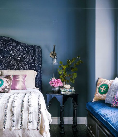 blue-moroccan-style-bedroom