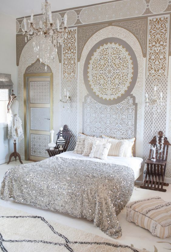 silver-stunning-moroccan-bedroom