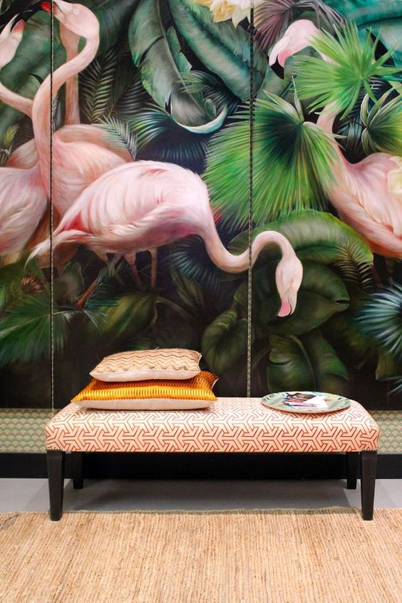 statement-printed-wallpaper-flamingos