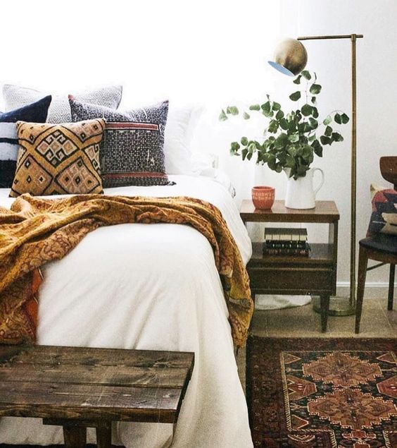 bohemian-bedroom-decor-for-fall