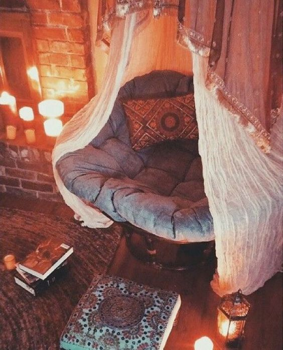 boho-fall-reading-nook