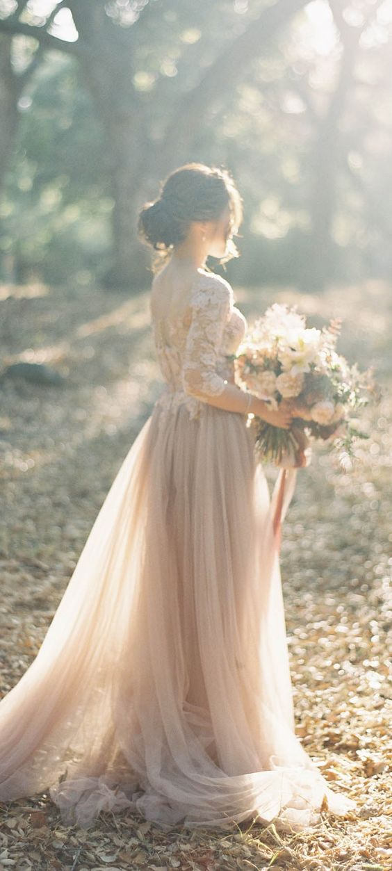 fall-rustic-wedding-dress