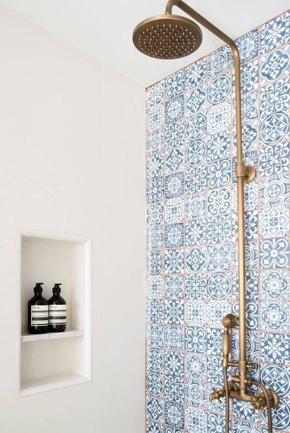 gold-shower-head-boho-bathroom