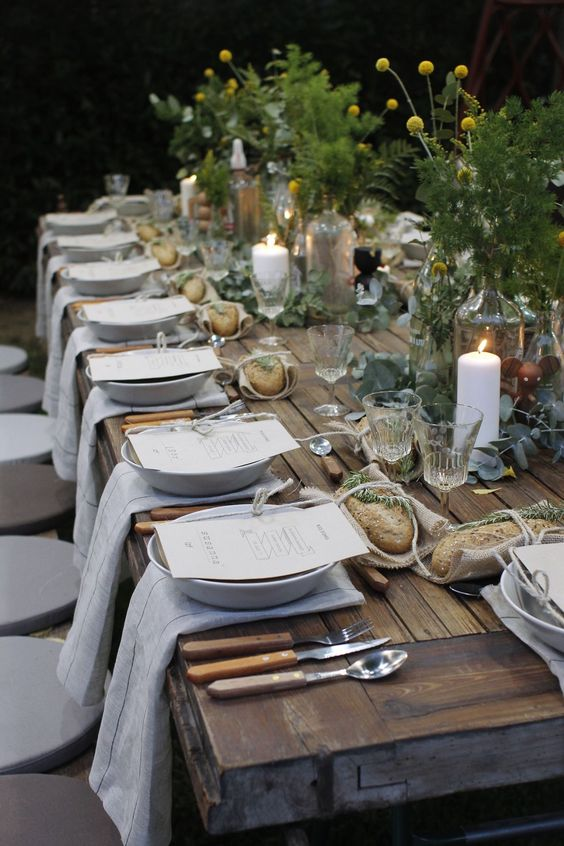 rustic-table-decor-fall-wedding-idea