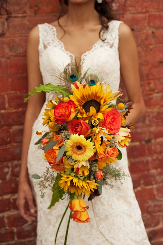 vintage-harvest-fall-lace-dress-bouquet
