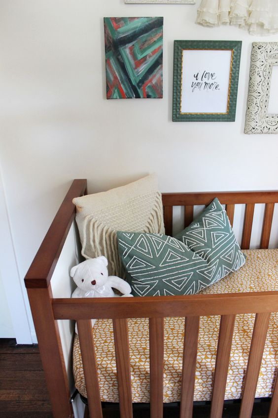 boho-nursery-with-printed-accessories